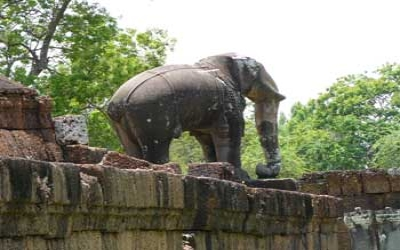 Elephant stone carving Angkor wat