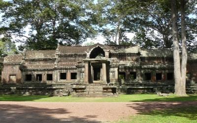 Back entrance to Angkor wat