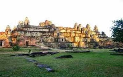 Phon Bakeng Temple