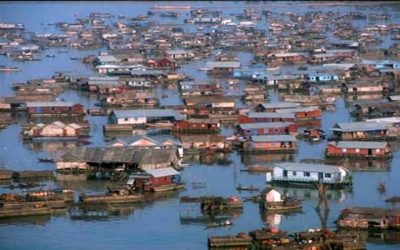 Fishing village Tonlesap lake