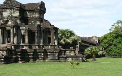 Angkor wat south east corner