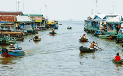 Tong sap boat traffis