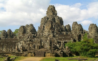Phom Bakheng Temple